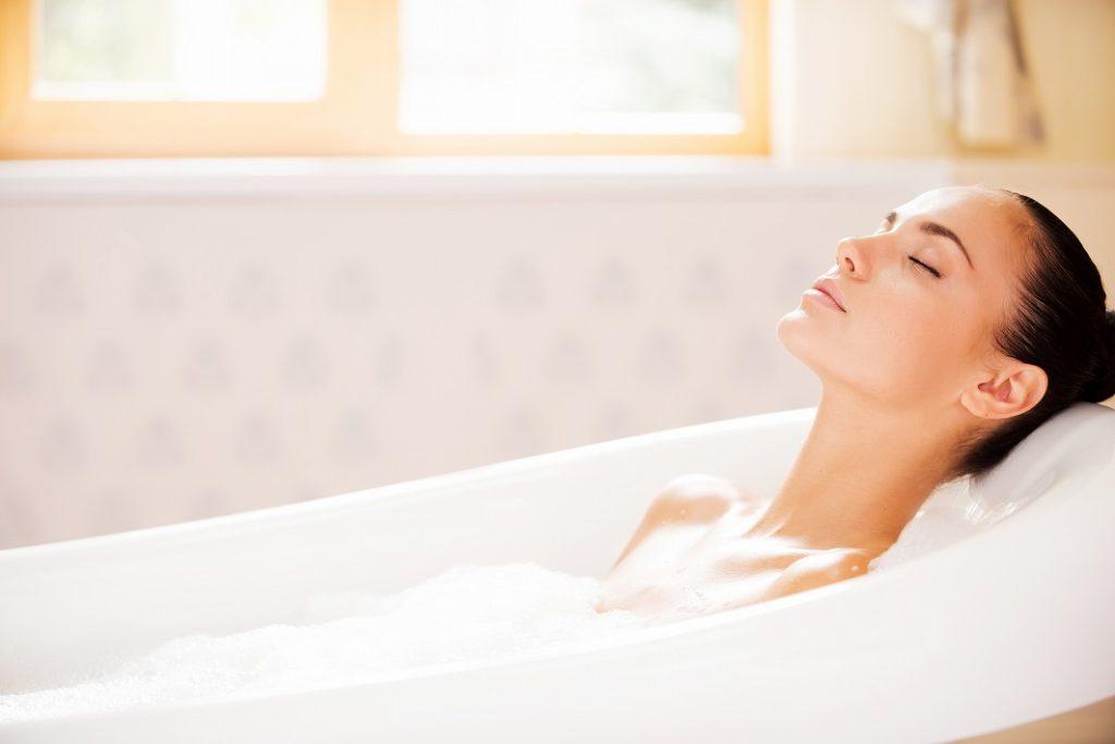 女性用育毛剤は頭皮が清潔な時に使用する
