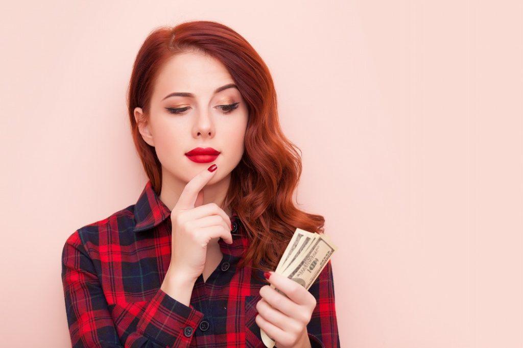 女性用スカルプシャンプーのコスト面でも継続して使える価格のものを