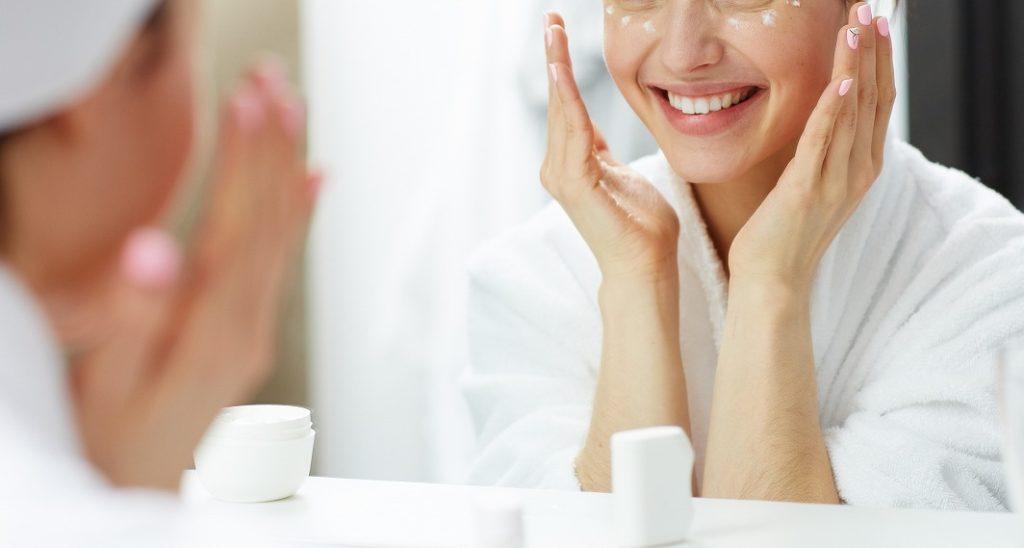 ニキビ跡の塗り薬は清潔な肌に塗る