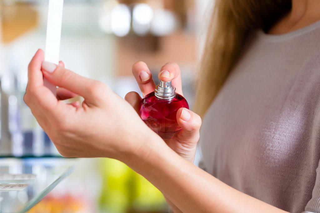 40代香水の自分に似合う香りを意識して