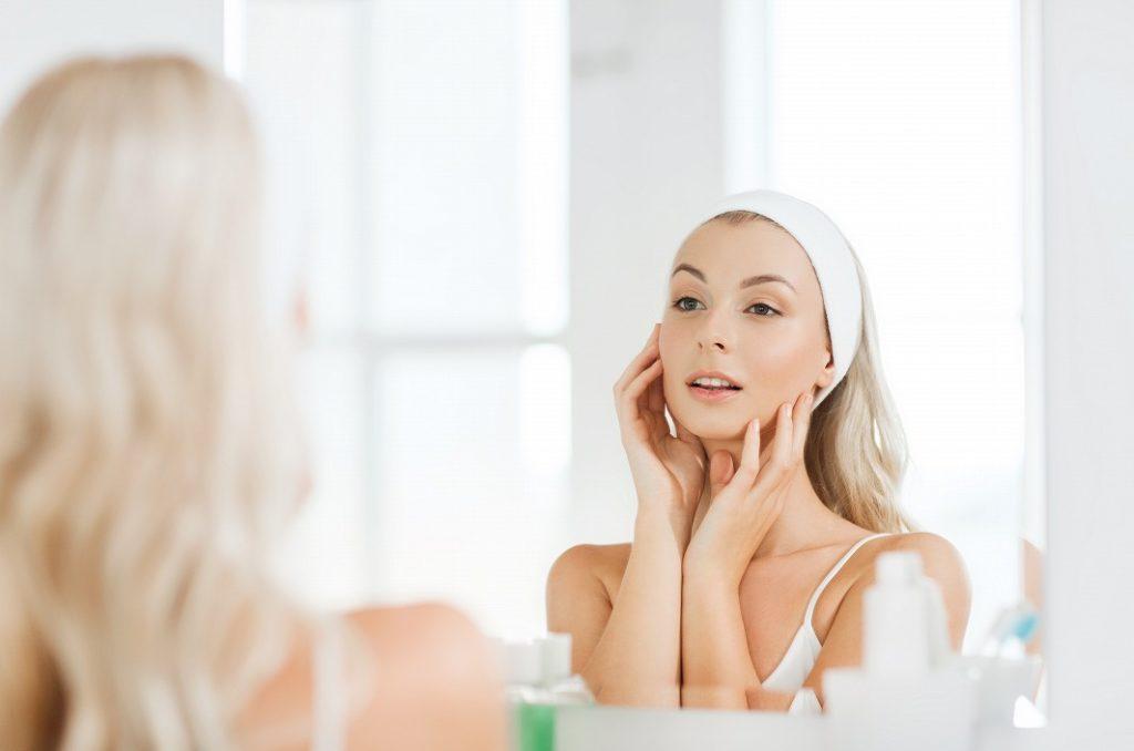 オーガニック化粧水の正しい化粧水のつけ方