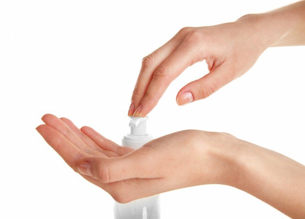クレンジングオイルは使用量を守り、乾いた手で洗う