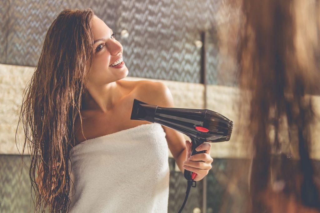 オーガニックシャンプー後髪を乾かす