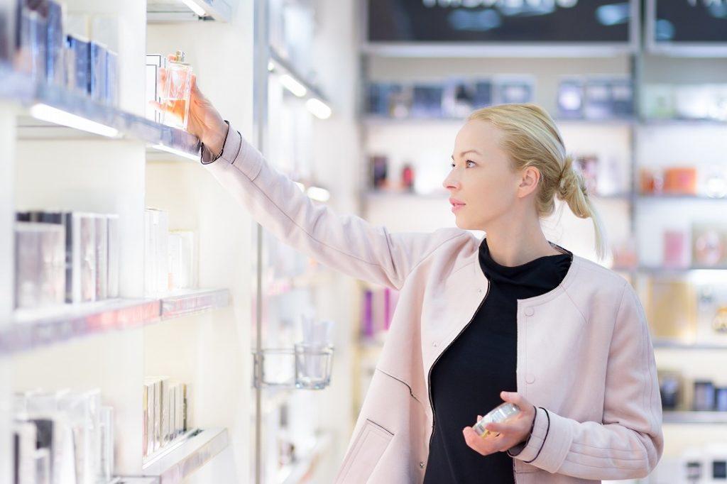 レディース香水の香りの変化に気を付ける