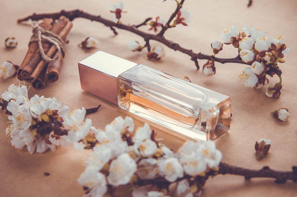 30代香水の形状で選ぶ