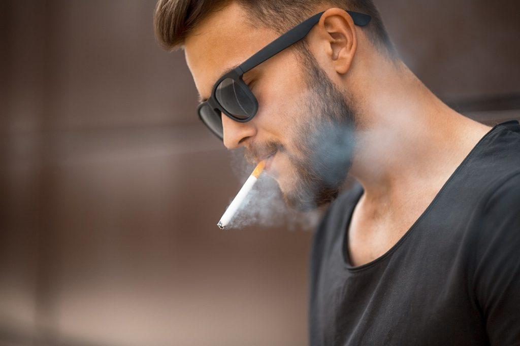 細胞が劣化する?喫煙は肌の大敵