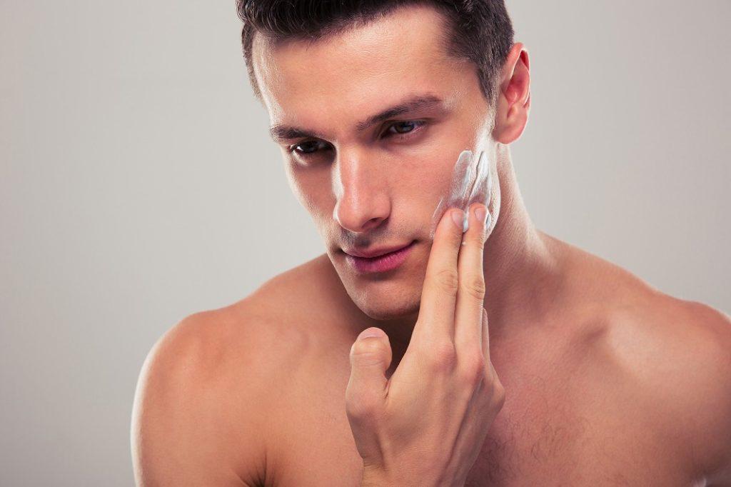 肌を綺麗に保つためのスキンケアのポイント