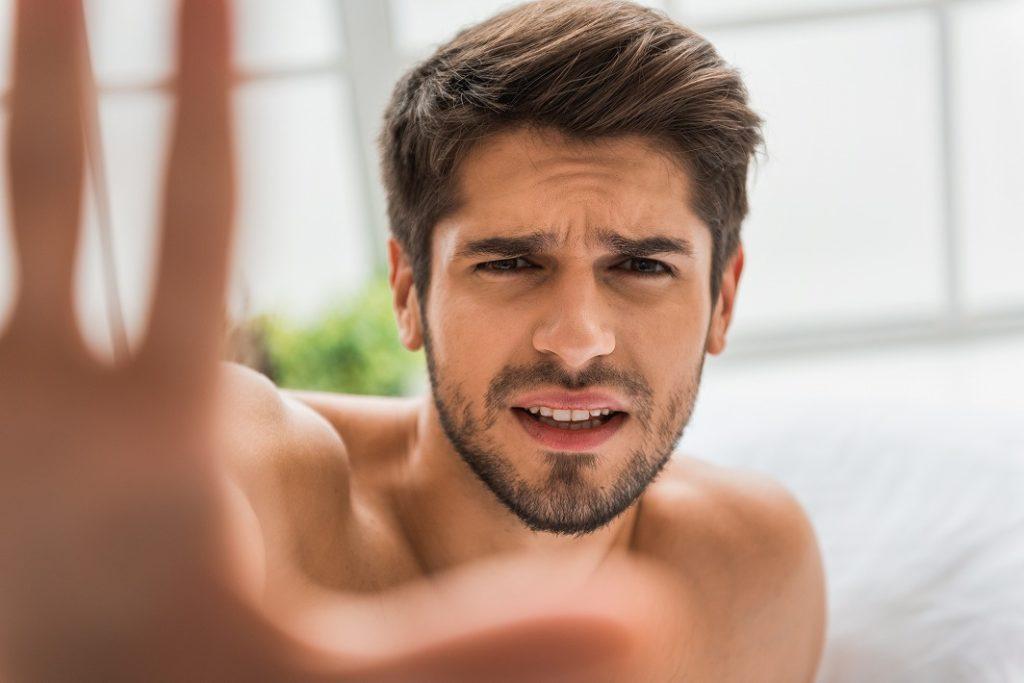 髭が濃い人にありがち!コンプレックスあるあるをご紹介