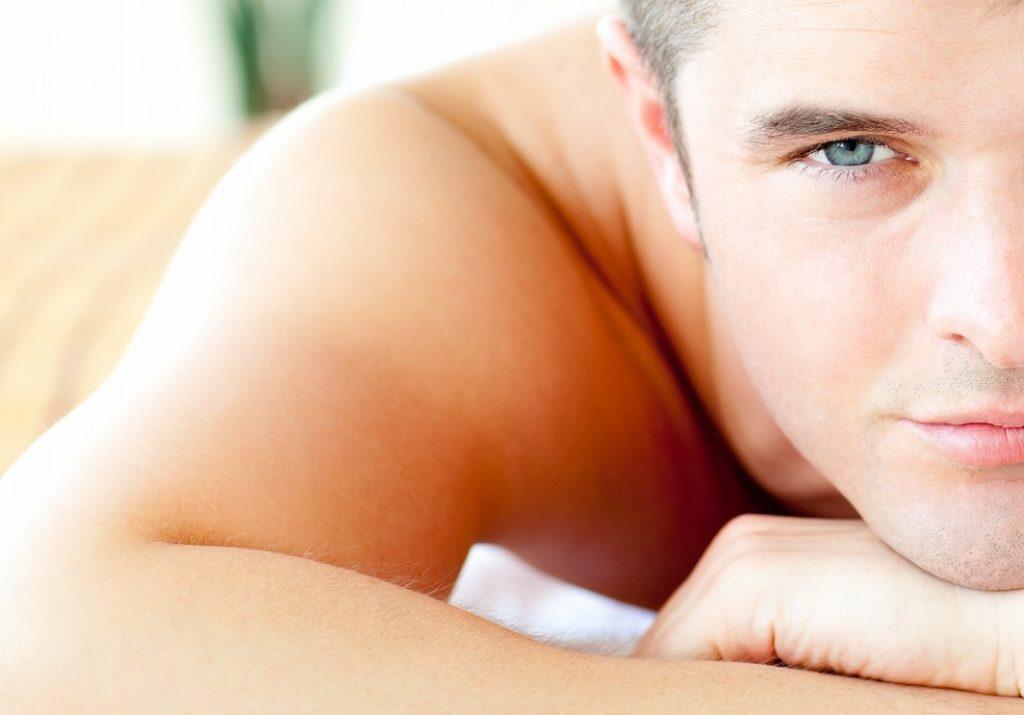 男のニキビ跡を悪化させない!健康的な肌を手に入れる