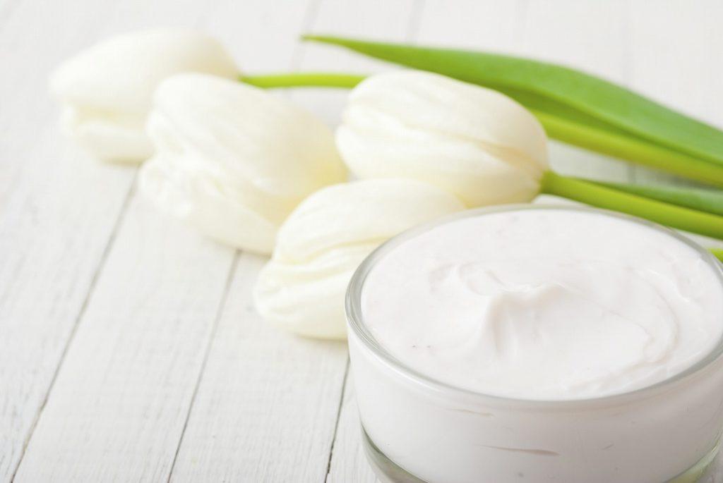 乳液とクリームでお肌の水分をしっかりキープ