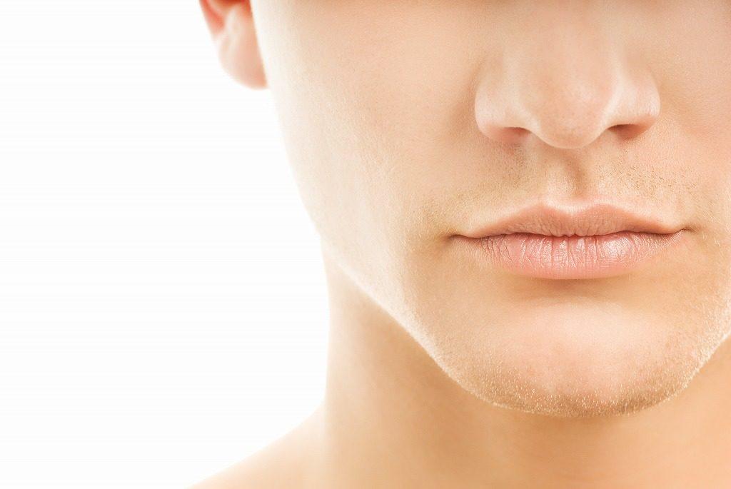 髭剃りでお肌を傷つけるのはもうやめましょう