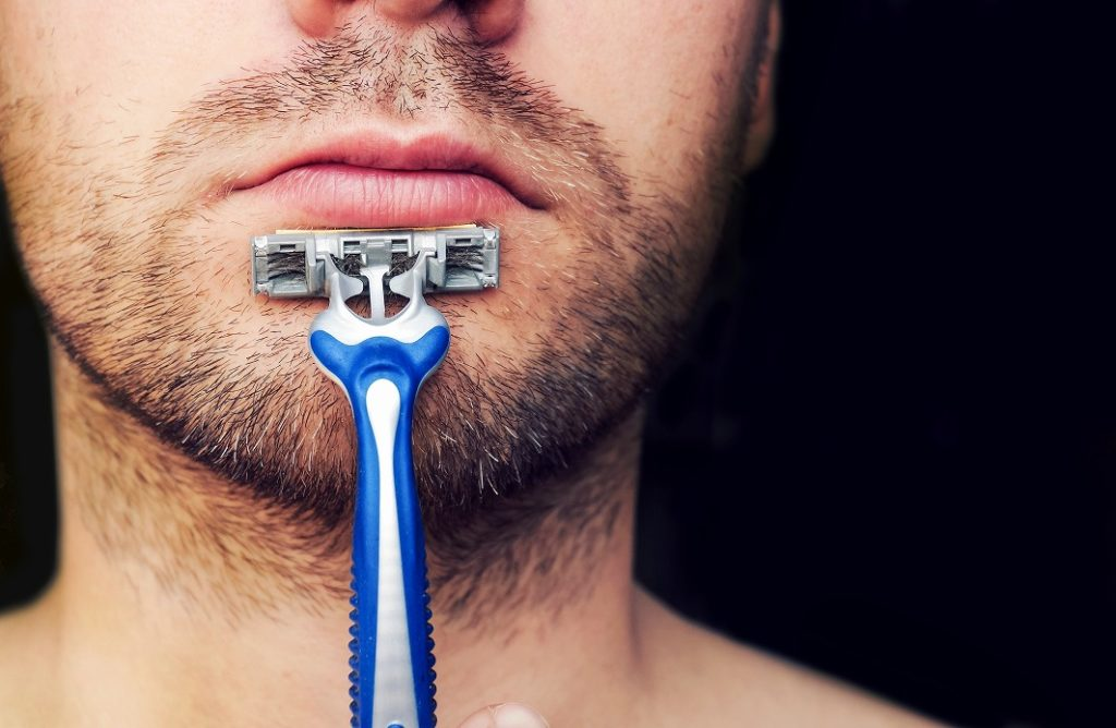 男性の敏感肌の原因