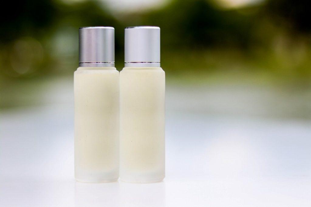 化粧水でお肌を水分補給