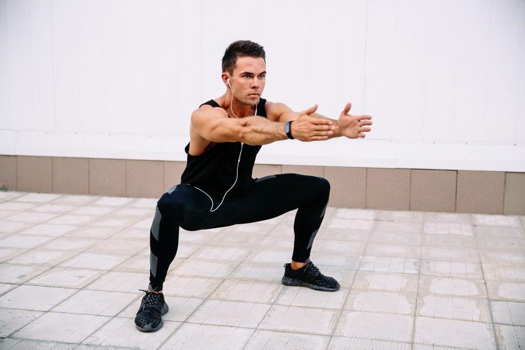 大臀筋やハムストリングなどの下半身を鍛えるのにおすすめのメニュー3選!