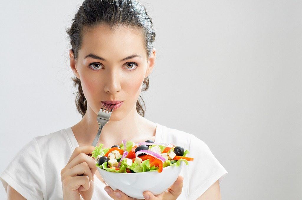 女性の筋トレで気をつけたい食事内容