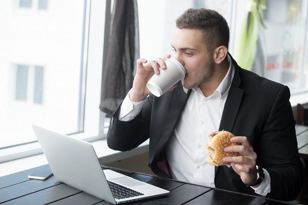 食事ではタンパク質だけに気をつければ大丈夫?