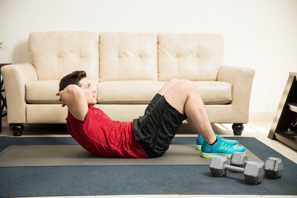体幹を鍛えるのに効果的な筋トレメニュー4選!