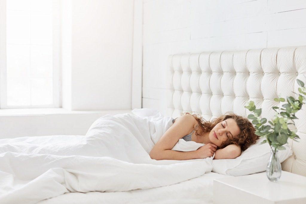ニキビ跡には良質な睡眠をとりましょう