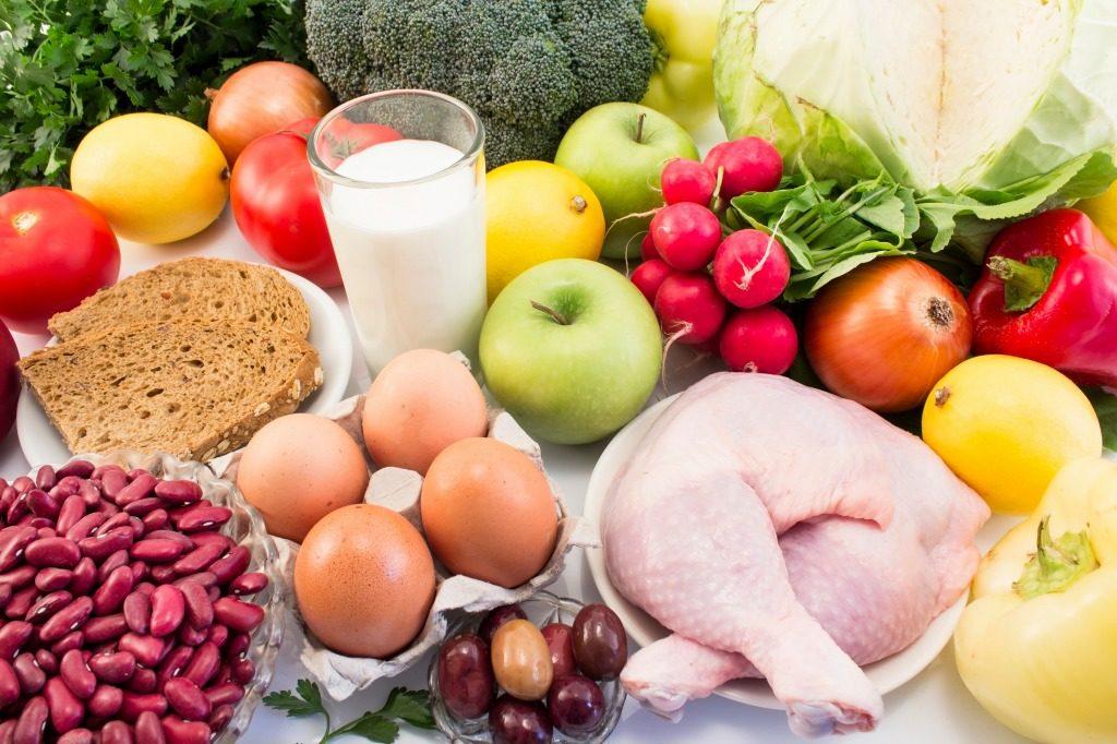 ニキビ跡には食生活の改善をしましょう