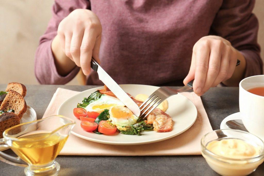 女性の筋トレにおすすめの栄養素