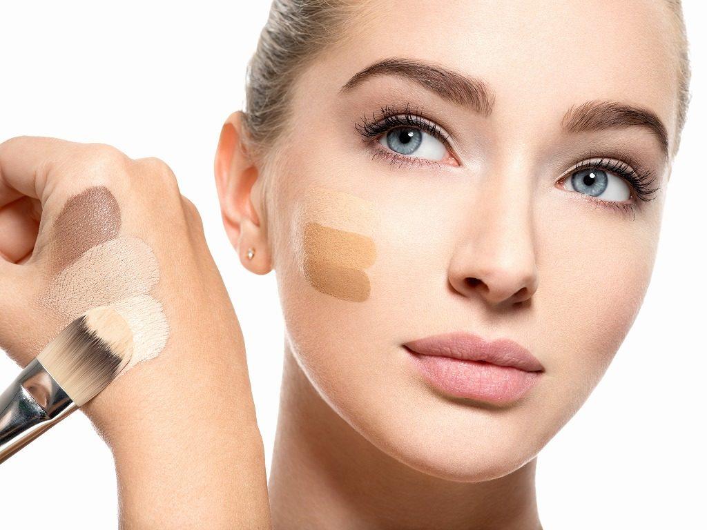 ミネラルファンデーションは自分の肌色に合ったものを選びましょう