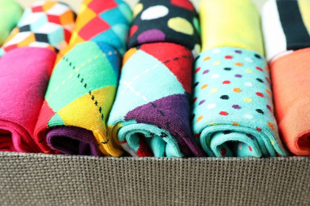 着圧ソックスは色やデザインも様々あります