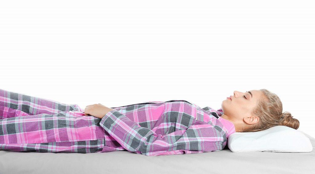 ストレートネック枕で正しい寝姿勢を意識しましょう