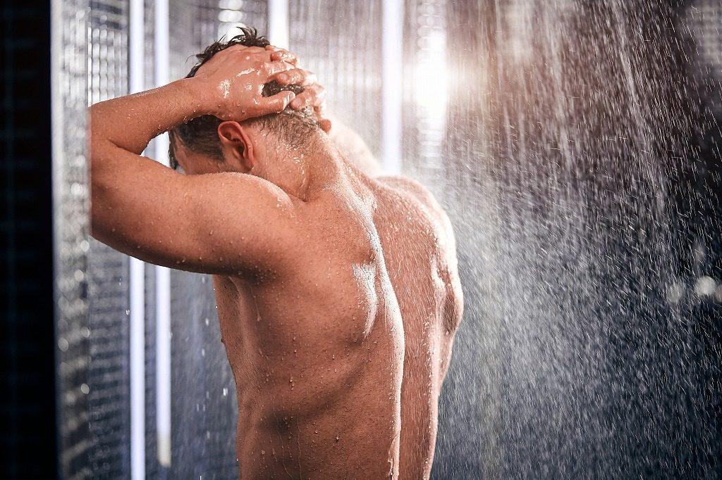 メンズアフターサンケアは清潔な肌に使用しましょう