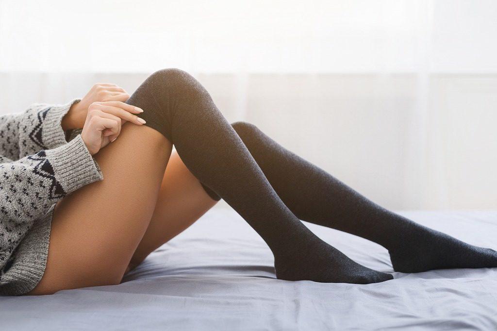 着圧ソックスの重ね履きは危険です
