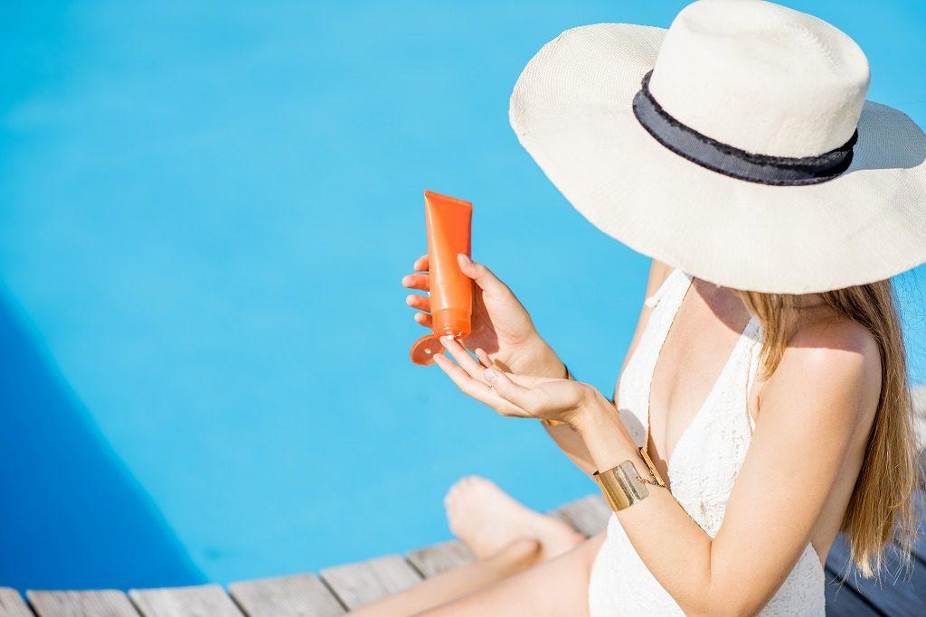紫外線吸収剤不使用の日焼け止めはこまめに塗り直すようにしましょう