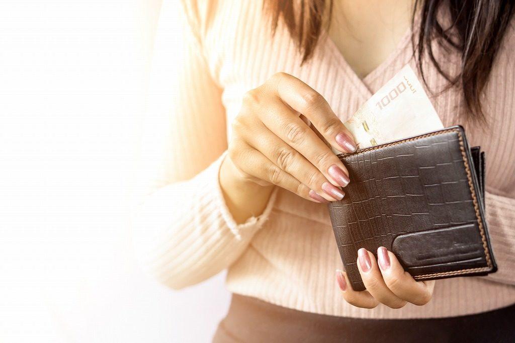 ストレートネック枕は自分のお財布に無理のない価格のものを選びましょう