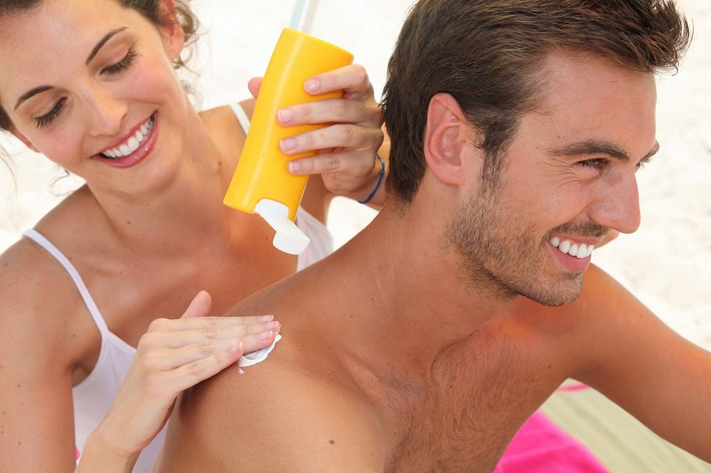 紫外線吸収剤不使用の日焼け止めは添加物などもチェックしましょう