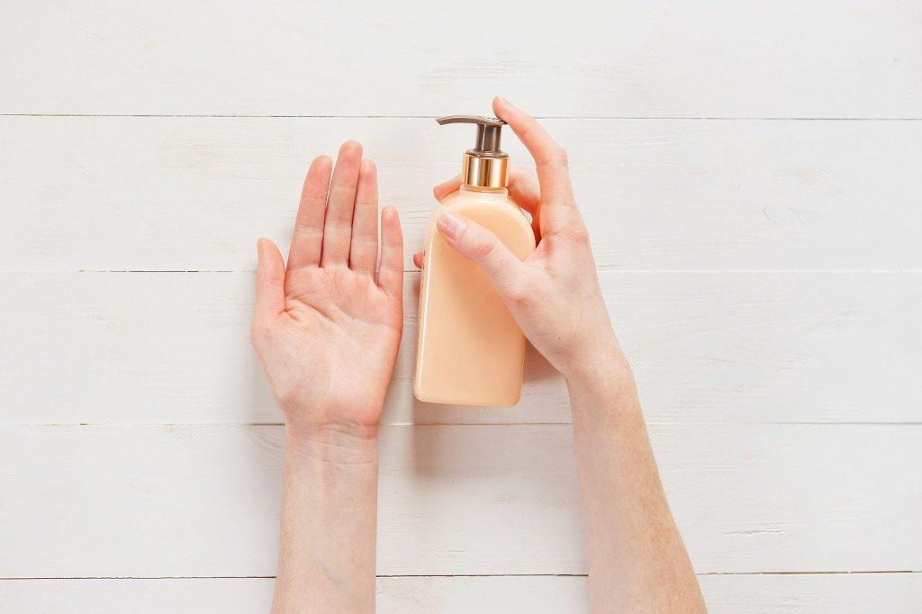 女性用フケ対策シャンプーは洗浄力が強すぎないものを選びましょう