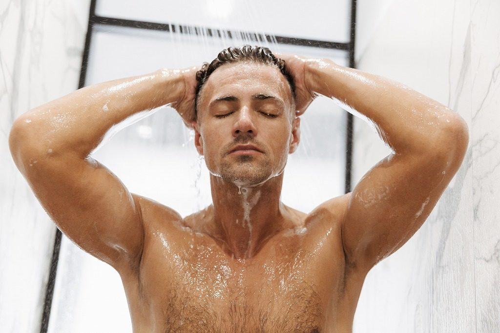 メンズ制汗スプレーはその日のうちに洗い流しましょう