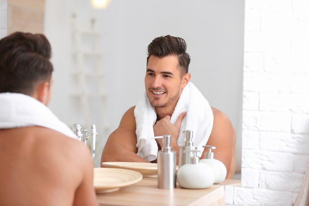 高級メンズ化粧水の効果的なつけ方