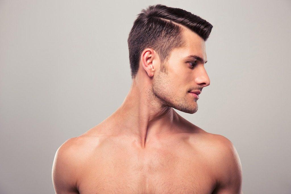 男性向けニキビ化粧水は低刺激性のものを選びましょう